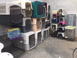 Small dog kennels $25 medium dog kennels $35 large and extra-large $49 for Sale in Boise, ID
