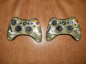 Two xbox 360 controllers like new for Sale in Tulsa, OK