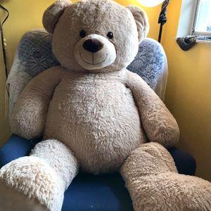 Giant Teddy Bear (negotiable) for Sale in Brandon, FL