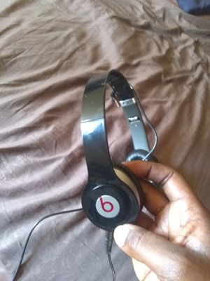 Beats by Dre Solo HD Headphones for Sale in Detroit, MI