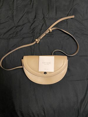 Kate Spade designer purse. for Sale in Maple Valley, WA