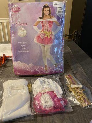 Disney Princess Aurora junior Medium 7-9 for Sale in Fort Lauderdale, FL