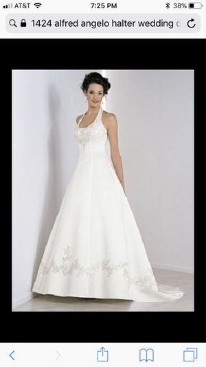 Alfred Angelo Haltered wedding dress for Sale in Missoula, MT