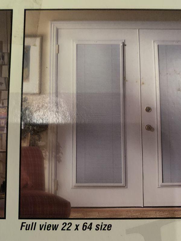 Full view door blind