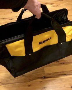 Large Ballistics Dewalt Tactical Style Luggage Bag for Sale in Ravensdale,  WA
