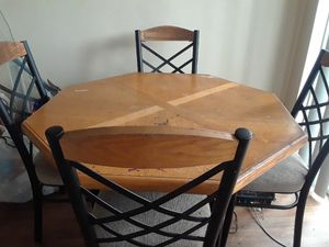 Kitchen wood table with 4chairs for Sale in Oceanside, CA