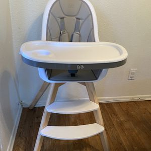 Ht Baby High Chair for Sale in Riverside, CA