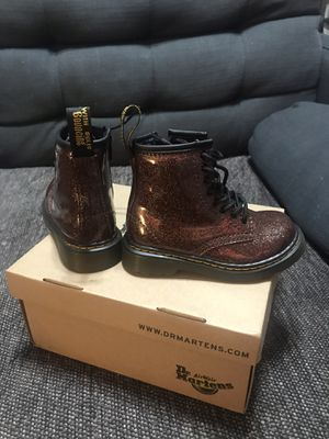 Dr. Martens Toddler (Size 7) 1460 Rose Brown Coated Glitter Boot for Sale in Long Beach, CA