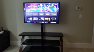 LG 50UM7300AUE 50 Inch Class 4K Ultra HD TV and Whalen payton 3 in 1 tv stand for Sale in Hudson, MA