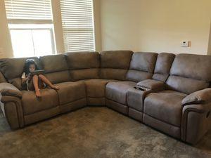 Sectional Sofa & Queen Bedroom Set for Sale in Franklin, NJ
