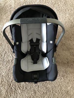 NUNA PIPA BABY CAR SEAT WITH 2 BASES AND CAR SEAT STROLLER ADAPTER for Sale in Issaquah, WA