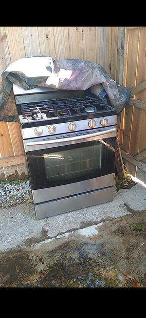 Samsung stove for Sale in Norfolk, VA
