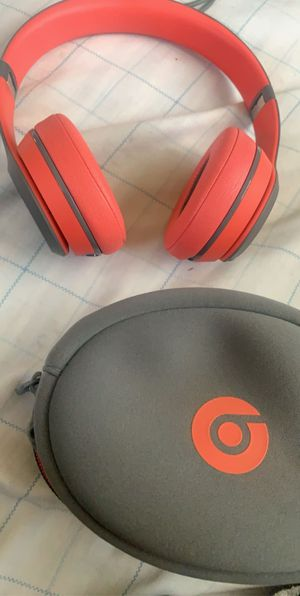 Beats Solo Wireless for Sale in Fresno, CA