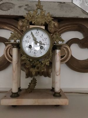 Antique brass and marble Mantle Clock for Sale in Cresskill, NJ
