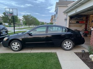 2003 Nissan Altima. Runs good & Must Go. Has not been driven since last summer since daughter left for college. Will need emissions test. for Sale in Joliet, IL