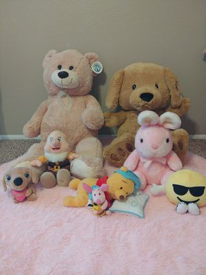 ( Bundle ) Plushies and Stuffed Animals. for Sale in Chandler, AZ