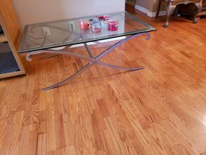 Glass coffee table for Sale in Plant City, FL