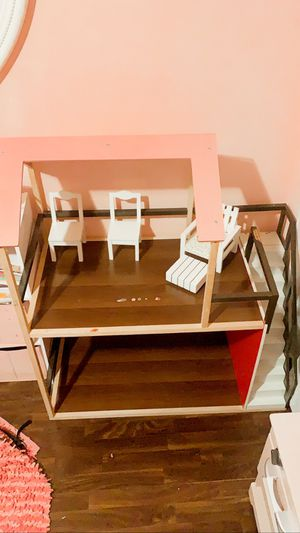 Dollhouse for Sale in Miami, FL