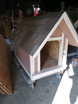 New dog house (small -medium) $75 firm must wear mask for Sale in Colton, CA