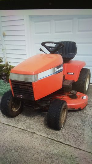 Simplicity Landlord lawn tractor for Sale in Medina, OH