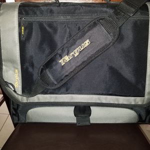 Targus Laptop/Soft Briefcase for Sale in Florence, MT