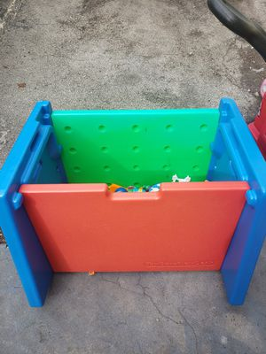 Free toy chest for Sale in Miami Shores, FL
