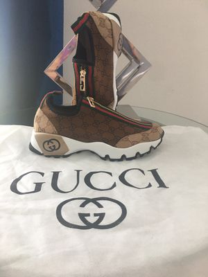 Gucci women shoes for Sale in Kissimmee, FL