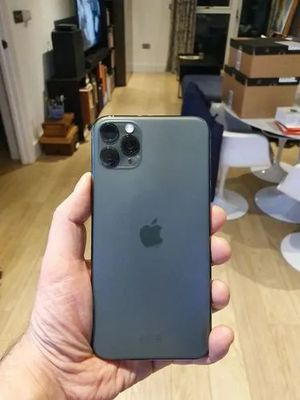 iPhone 11 Pro Max for Sale in Acton, MA