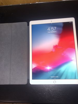 "iPad Pro - 12.9"" - 2nd Gen for Sale in Southgate, MI"