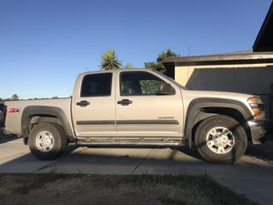 2004 Chevy Colorado Z71 low miles 145... for Sale in Fresno, CA