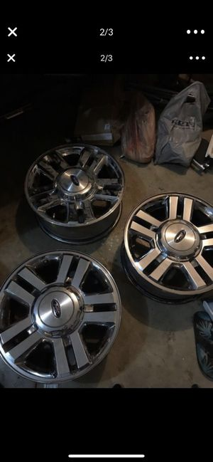 4 Ford F-150 rims with caps and lugs 400 OBO for Sale in Vancouver, WA