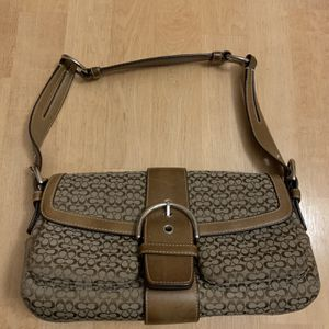 Coach Authentic Hand Shoulder Bag Purse Brown Leather for Sale in Miami, FL