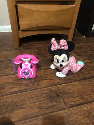 Disney Baby Musical Crawling Pals Plush Kids Toy Super Soft Fabrics Minnie Mouse for Sale in Burleson, TX