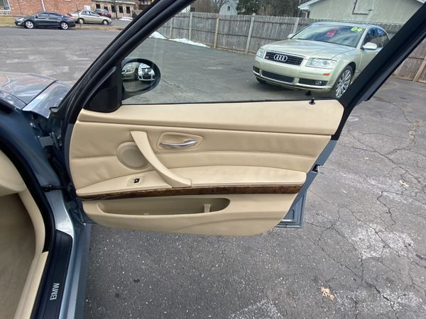 2006 BMW* 325i*