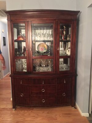 China cabinet for Sale in Mount Pleasant, SC