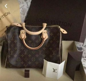 Authentic Louis Vuitton Speedy 30 for Sale in Gainesville, VA