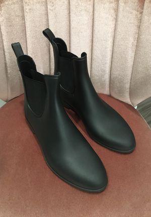 Blacks rain boots for Sale in Montclair, CA