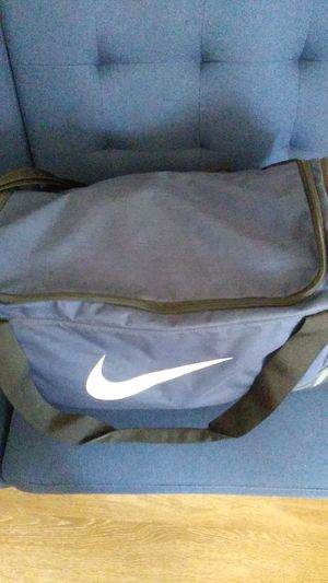 Large Nike Duffle Bag for Sale in Alameda, CA