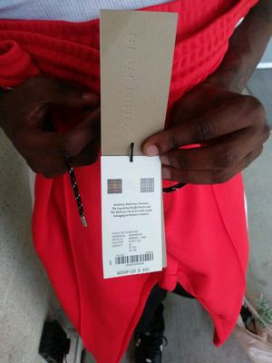 Burberry pants Xl for Sale in Dallas, TX