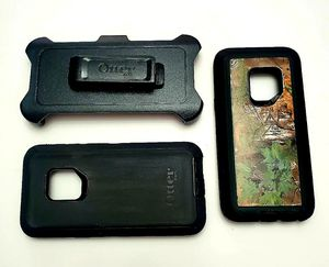 Otterbox Defender Case (2) S9 for Sale in Martinsburg, WV