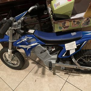 Dirt Bike for Sale in Fresno, CA