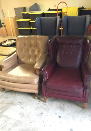 Four Chairs FREE for Sale in Lake Forest, CA