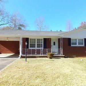 3 Bedroom Picture Perfect Ranch! for Sale in Atlanta, GA