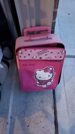 Hello kitty suitcase for Sale in Hockley, TX