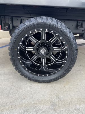 """22"""" MAYHEM MONSTIR DUALLY OFFROAD WHEEL AND TIRE PACKAGE 8 LUG for Sale in Bell, CA"""