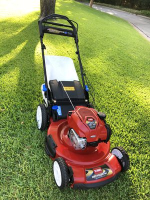 Toro Recycler 22 in. SmartStow Personal Pace Variable Speed High-Wheel Drive Gas Walk Behind Self Propelled Lawn Mower (BRAND NEW) for Sale in Arlington, TX