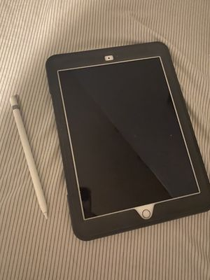 iPad 10.2 with Apple Pencil for Sale in Elizabethtown, PA