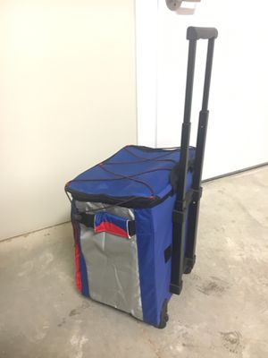 Portable Cooler with Handle and Wheels for Sale in Annandale, VA