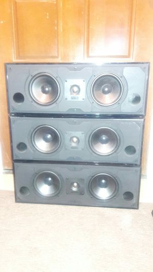 Mirage MC-1 High Quality Center Front or surround speakers made by Klipsch in Canada for Sale in Peoria, AZ