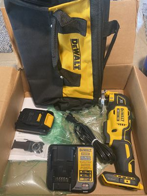 Dewalt dcs355d1 oscillating tool 20 volt kit new in box for Sale in Elk Grove Village, IL